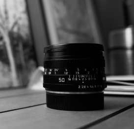 Sharp picture of a Summicron 50 R lens using a Sony NEX-5N camera