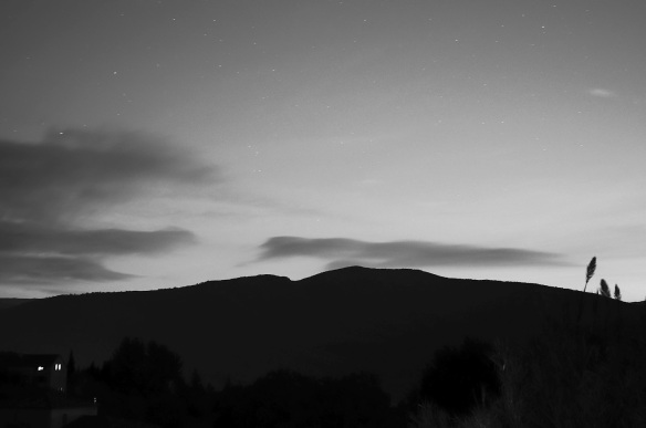 Night falling on the hills, with a Sony NEX-5N on a tripod at low ISO