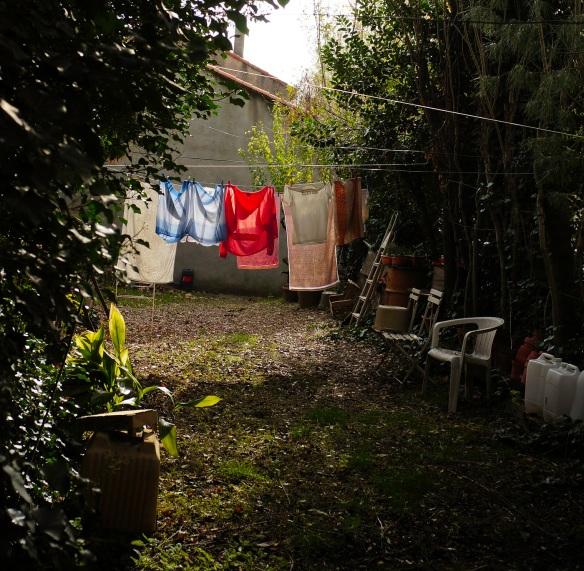 Clothes drying in full sun, Sony Nex-5N & Zeiss ZM Biogon 25