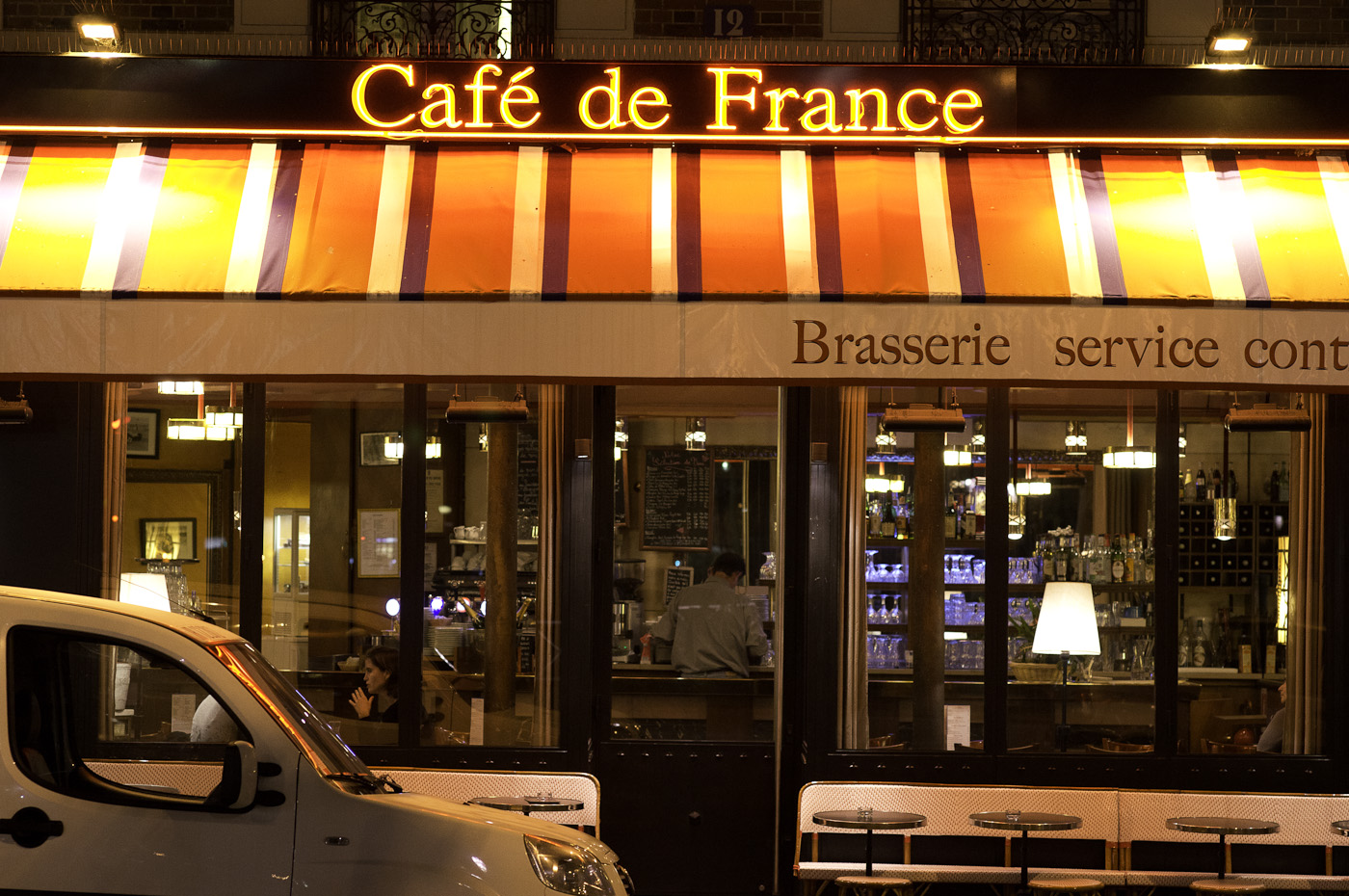 Cafe de France in Paris, Sony NEX-5N & Leica Summarit-M 75/2.5