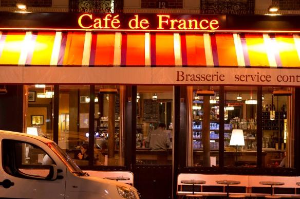 Cafe de France in Paris, Sony NEX-5N & Leica Summarit-M 75/2.5