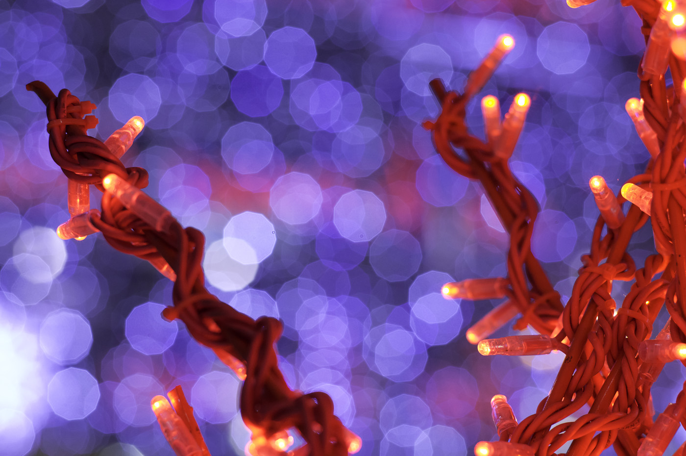 A close up on Christmas light showing nice bokeh, Sony NEX-5N & Leica Summarit-M 75mm/2.5