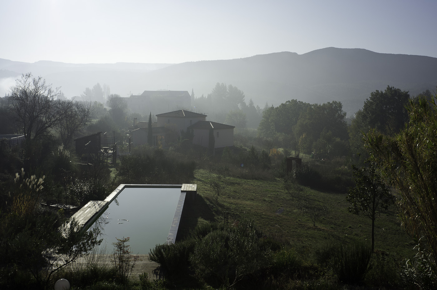 A morning mist rises over the hills in Provence, Sony NEX-5N & Zeiss Contax Planar T* 50/1.7