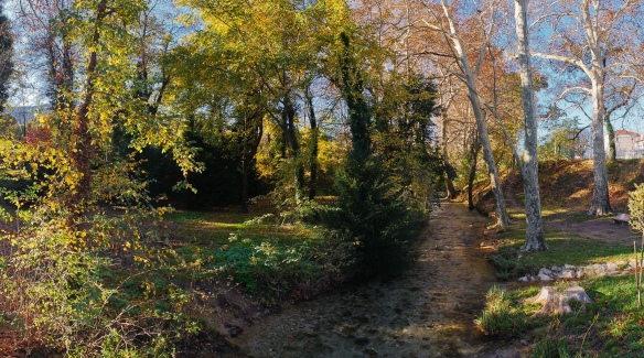 A panorama of a little river in provence, Sony NEX-5N & Leica Elmarit-R 19/2.8