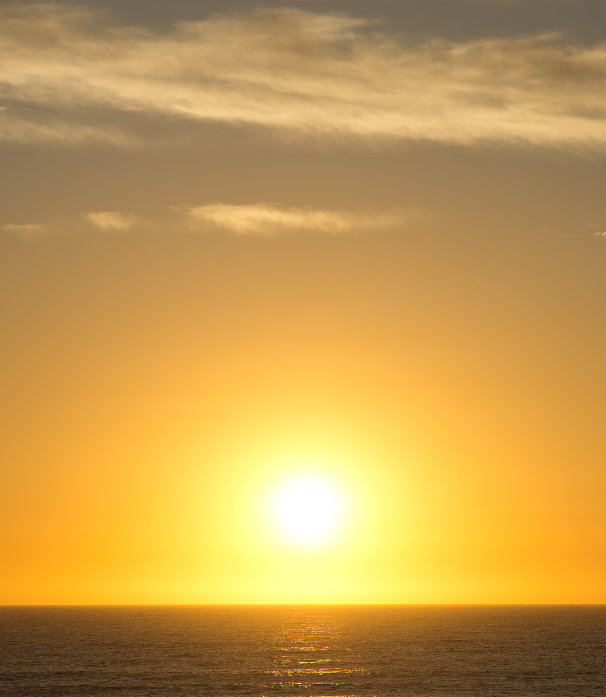The Sun sets over the Indian Ocean in Western Australia. SOny NEX-5n and Leica Elmarit-M 90