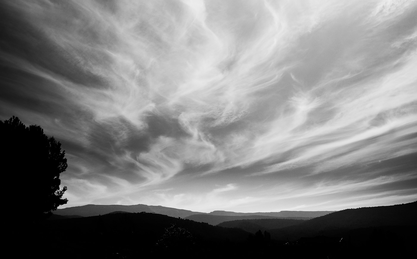 Drifting clouds in a windy sky in Provence. SOny NEX-5n and Leica-R 19 Elmarit.