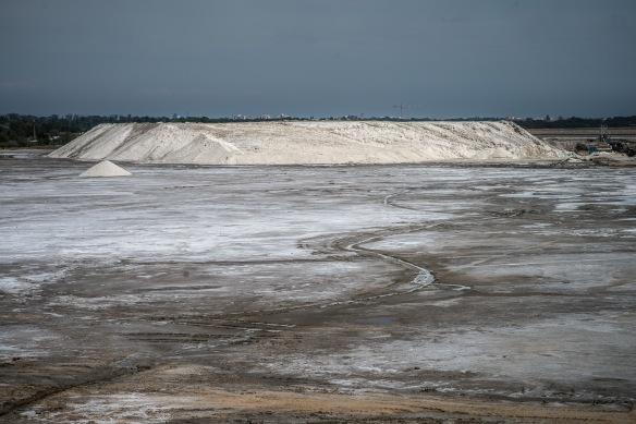 Salin de Giraud salt mountain