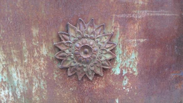 Swirly rusty door - HTC One