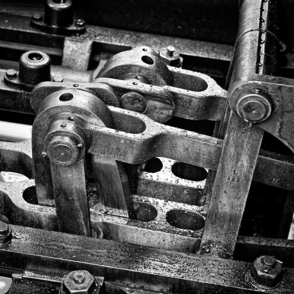 Close up - valve gear  Nikon D800E, AF-S Zoom-Nikkor 24-70mm f/2.8G ED