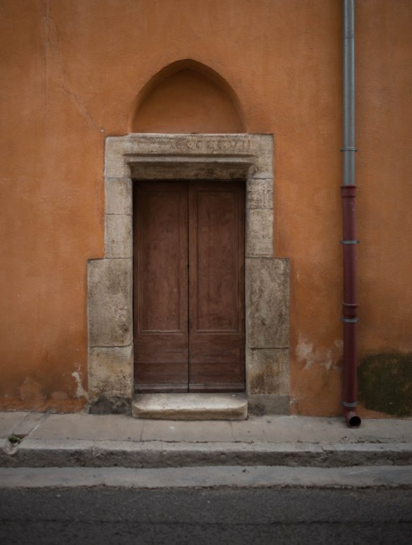 Door and water pipe in Provence