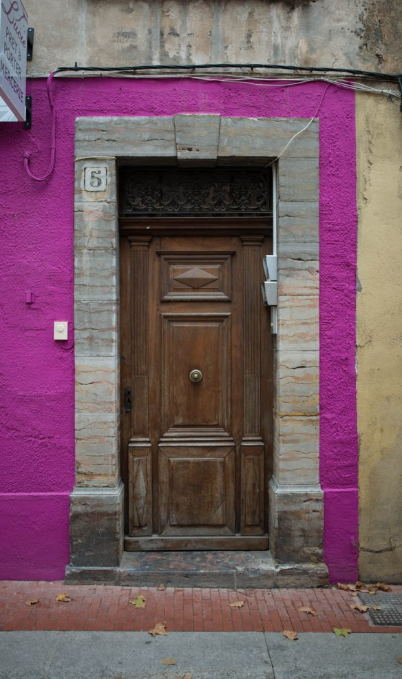 An epilepsy inducing wooden door in Tourves, Var, Provence