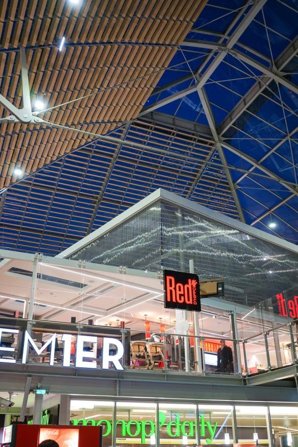Inside Gare de Lyon in Paris. Sony A7r & Zeiss Sonnar 35/2.3 FE